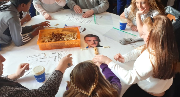 Children and parents work together to rebuild Jamie Vardy's skeleton